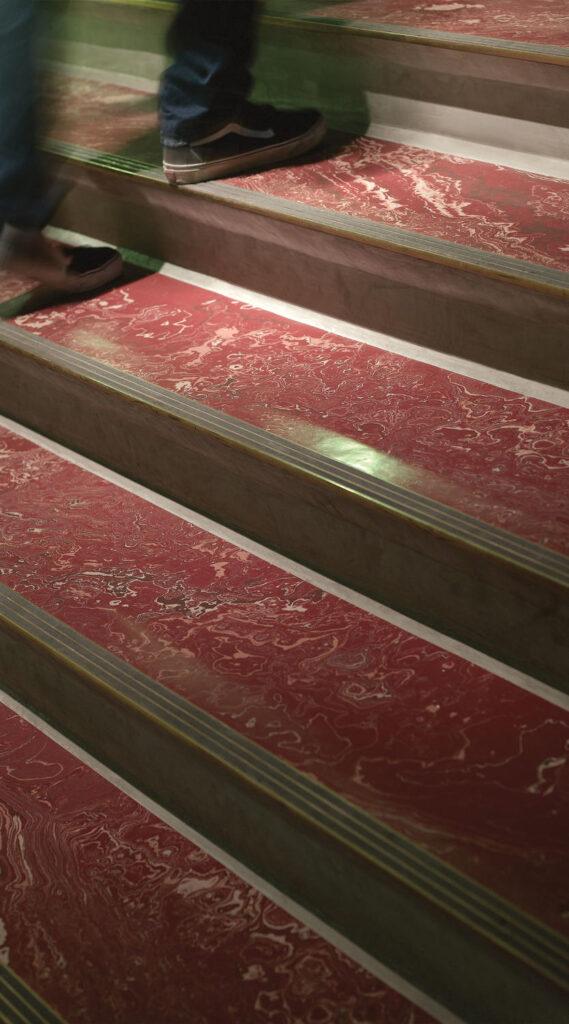 Prima Olio & Marbleized Stairwells